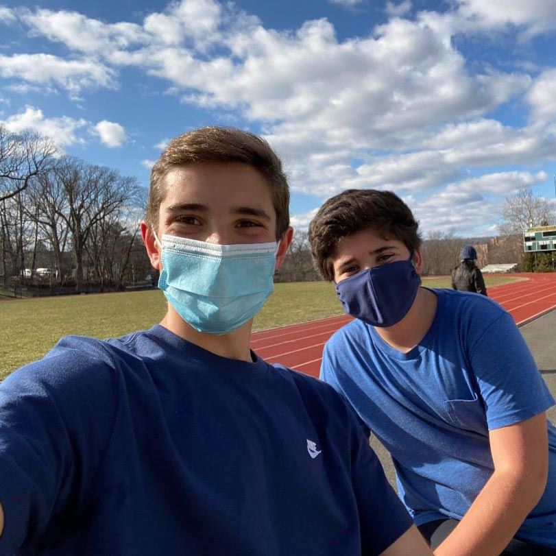 Hastings Students Pair Up for Winter Running Program
