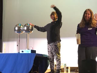 Science Circus Comes to FMS